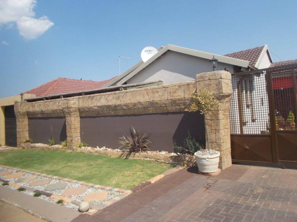 KHAMBI GUEST HOUSE