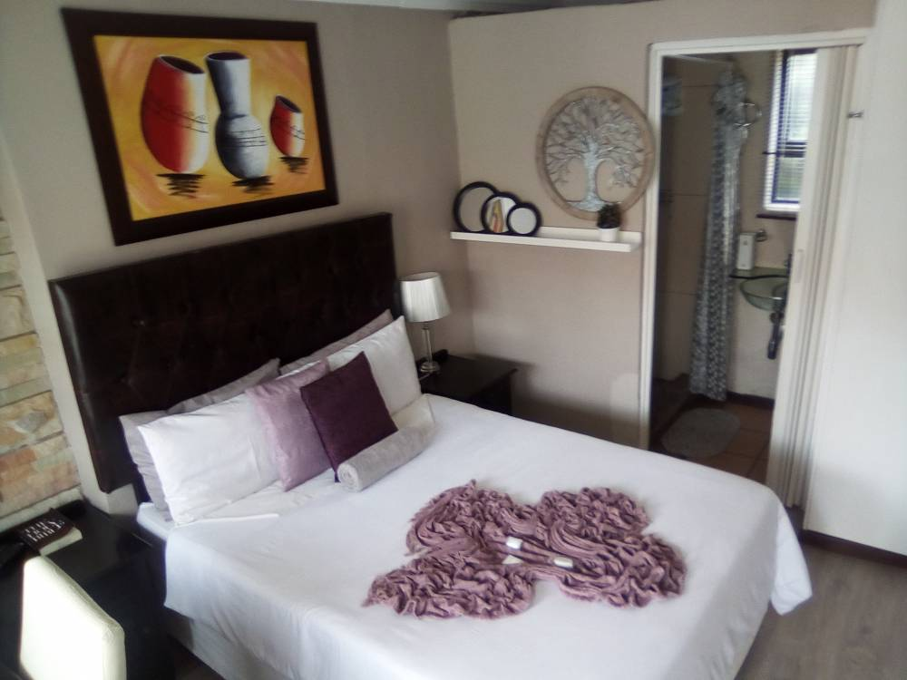 UNATHI GUEST HOUSE